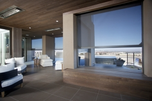 The contemporary design of the home is preserved with Executive screens when they are retracted and completely out of sight